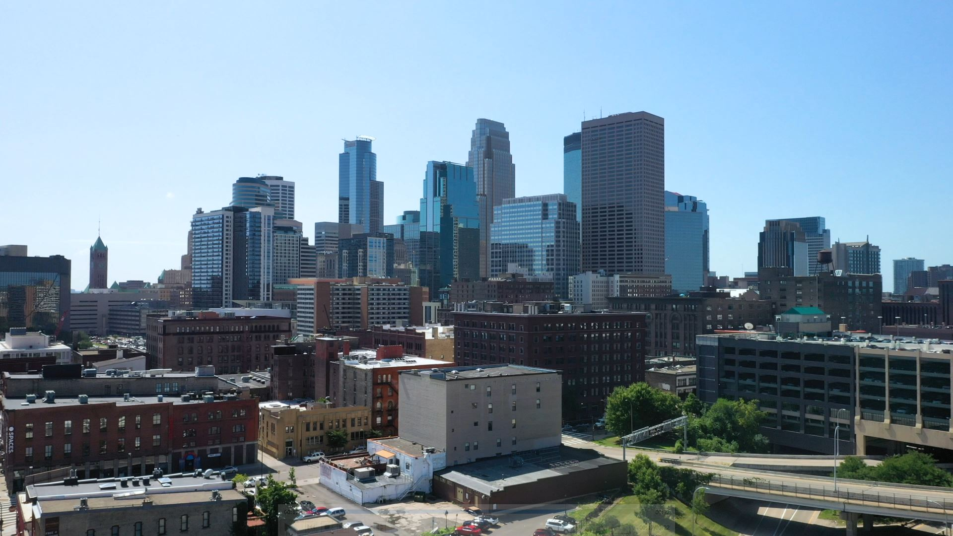 background image of twin cities skyline